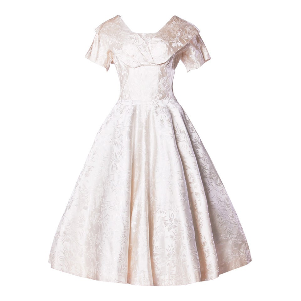 Vintage 1950s 50s Silk Satin Ivory Full Sweep Wedding or Party Dress For Sale
