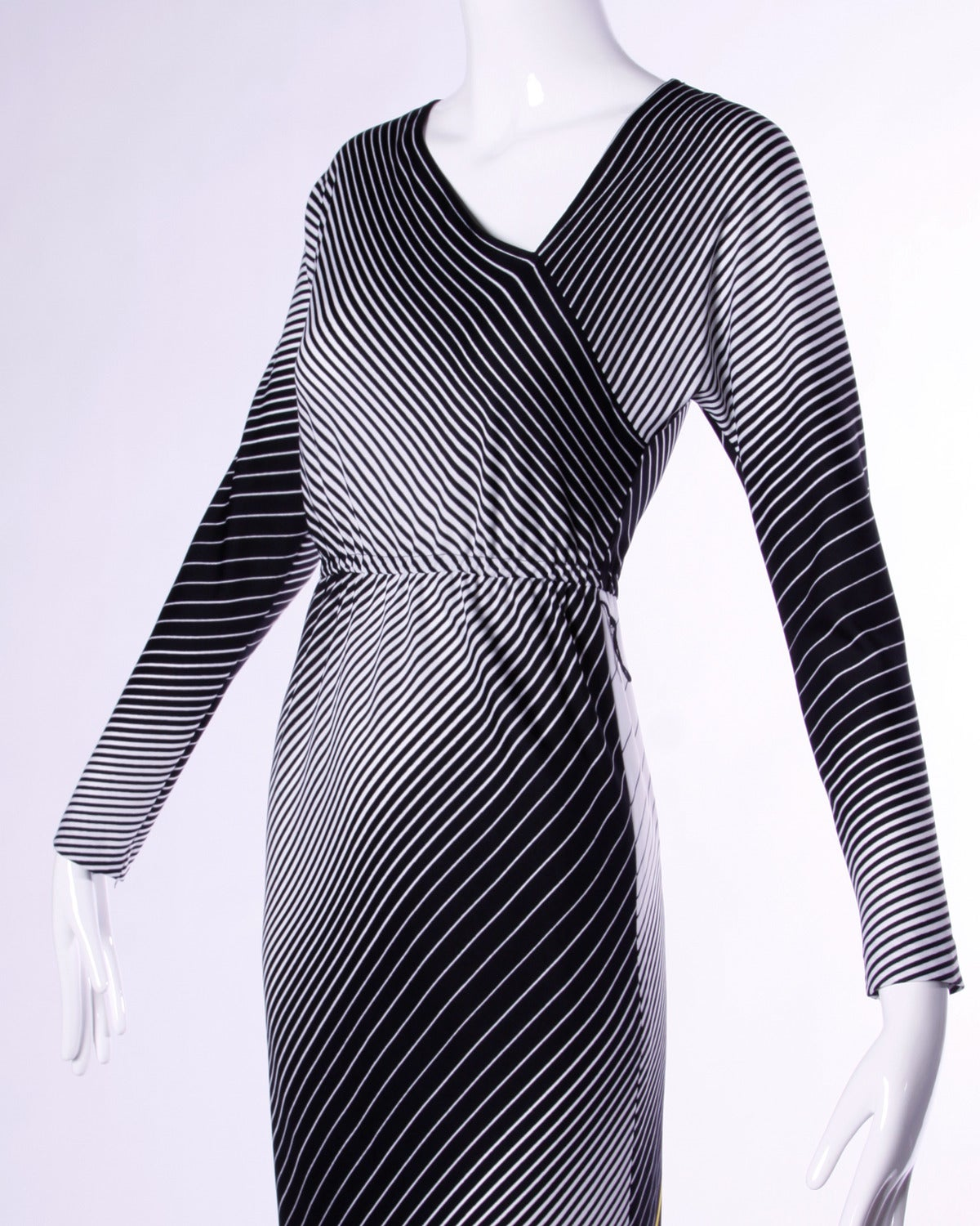 Victor Costa Vintage 1970s Op Art Print Black + White Striped Maxi Dress In Excellent Condition For Sale In Sparks, NV