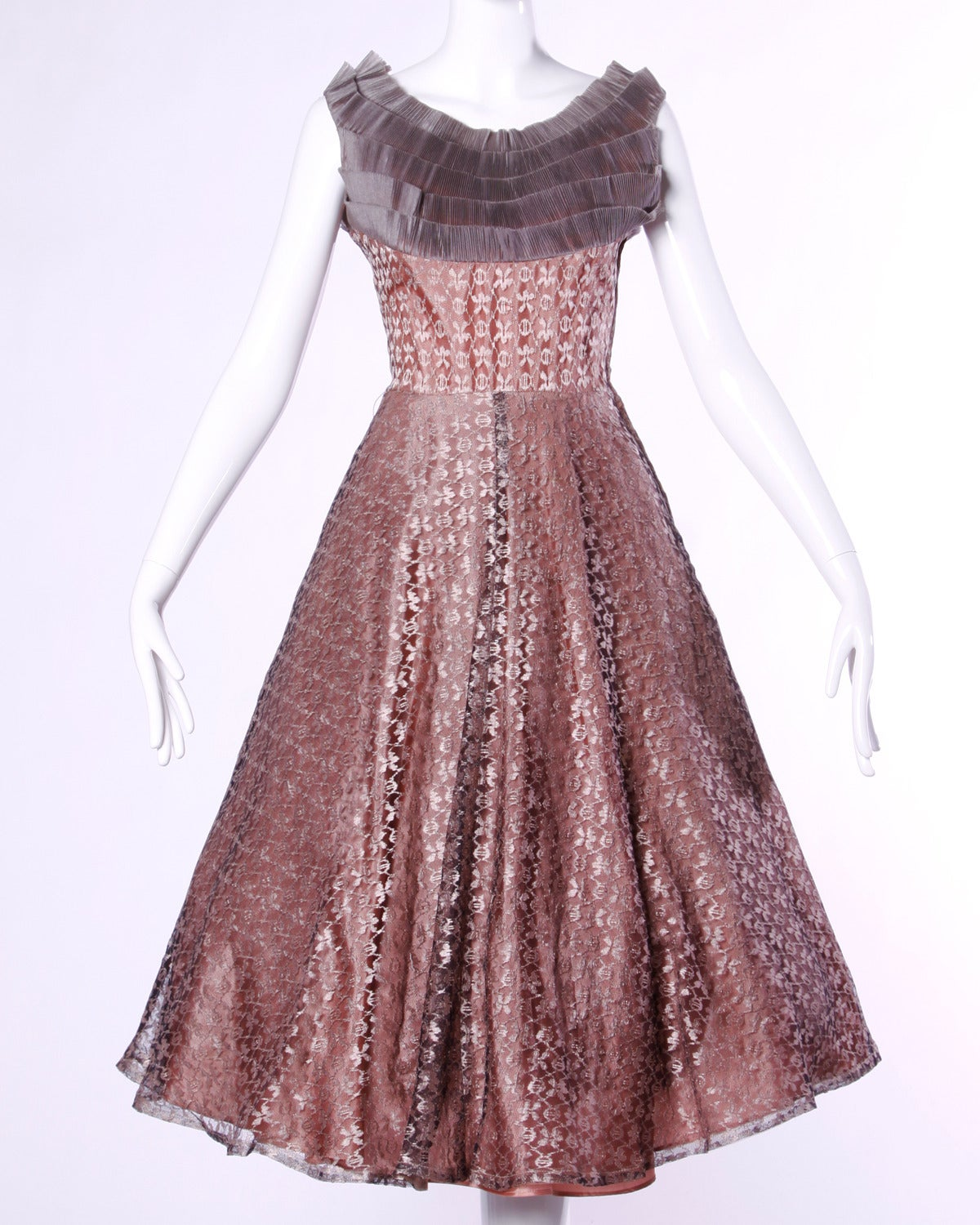 Vintage 1950s 50s Rose Lace and Pleated Silk Party Dress with a Full Sweep 2