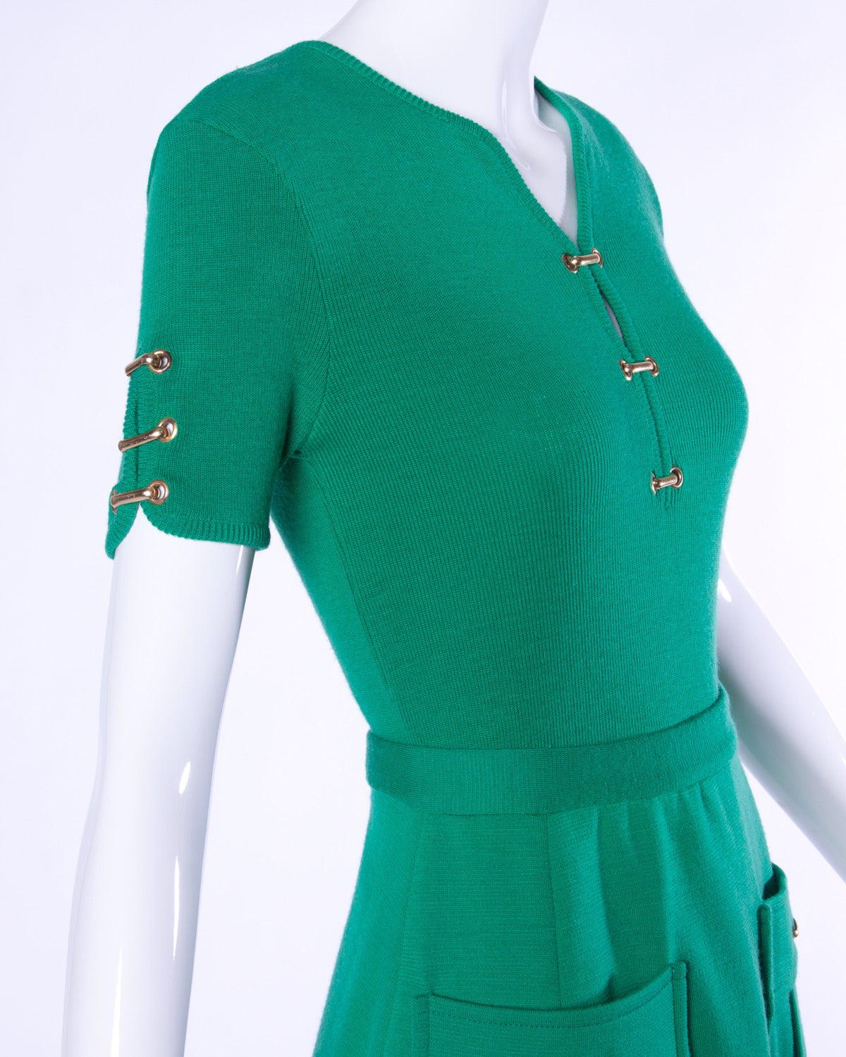 Vintage 1960s 60s Italian Wool Kelly Green Knit Skirt + Top 2-Piece Ensemble 4