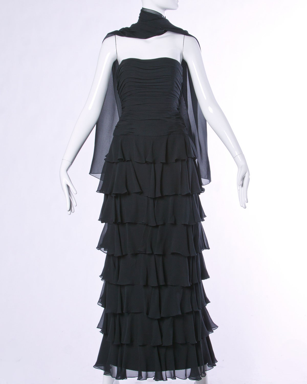 Lillie Rubin Vintage Black Tiered Silk Chiffon Strapless Evening Gown In Excellent Condition For Sale In Sparks, NV