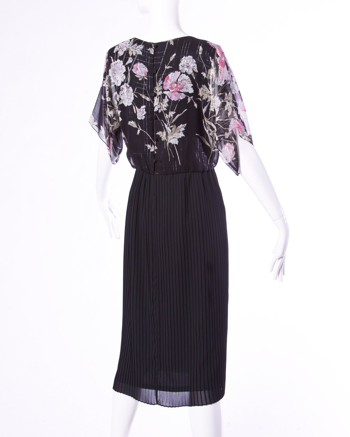 Hanae Mori Vintage 1970s 70s Sheer Floral Print Metallic Dress In Excellent Condition For Sale In Sparks, NV