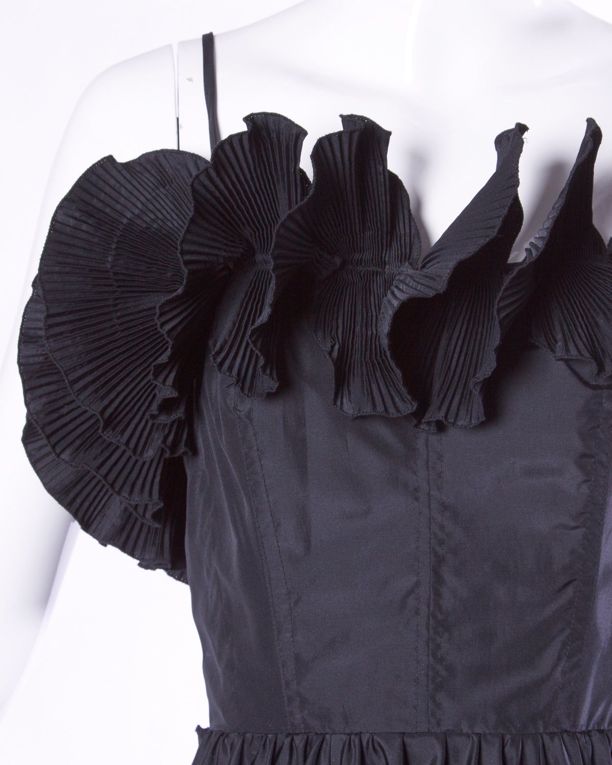 Black Saks Fifth Avenue Vintage Sculptural Origami Pleated Formal Dress For Sale