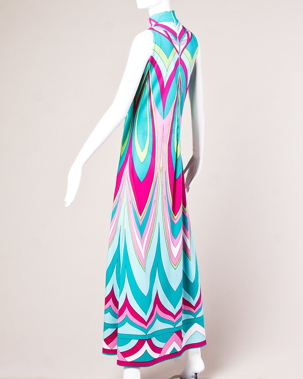 Vintage 1970s Colorful Op Art Jersey Knit Maxi Dress In Excellent Condition In Sparks, NV