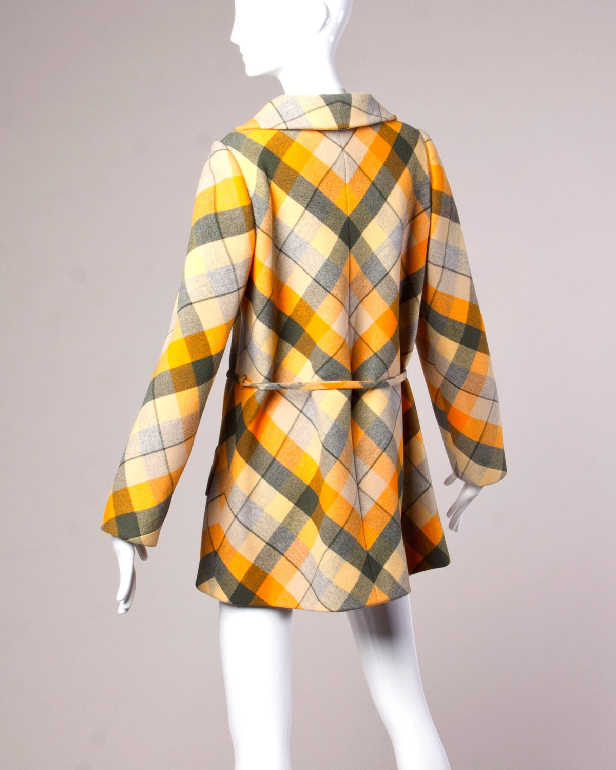 1970s Andre Laug Vintage Plaid Wool Jacket or Coat 5