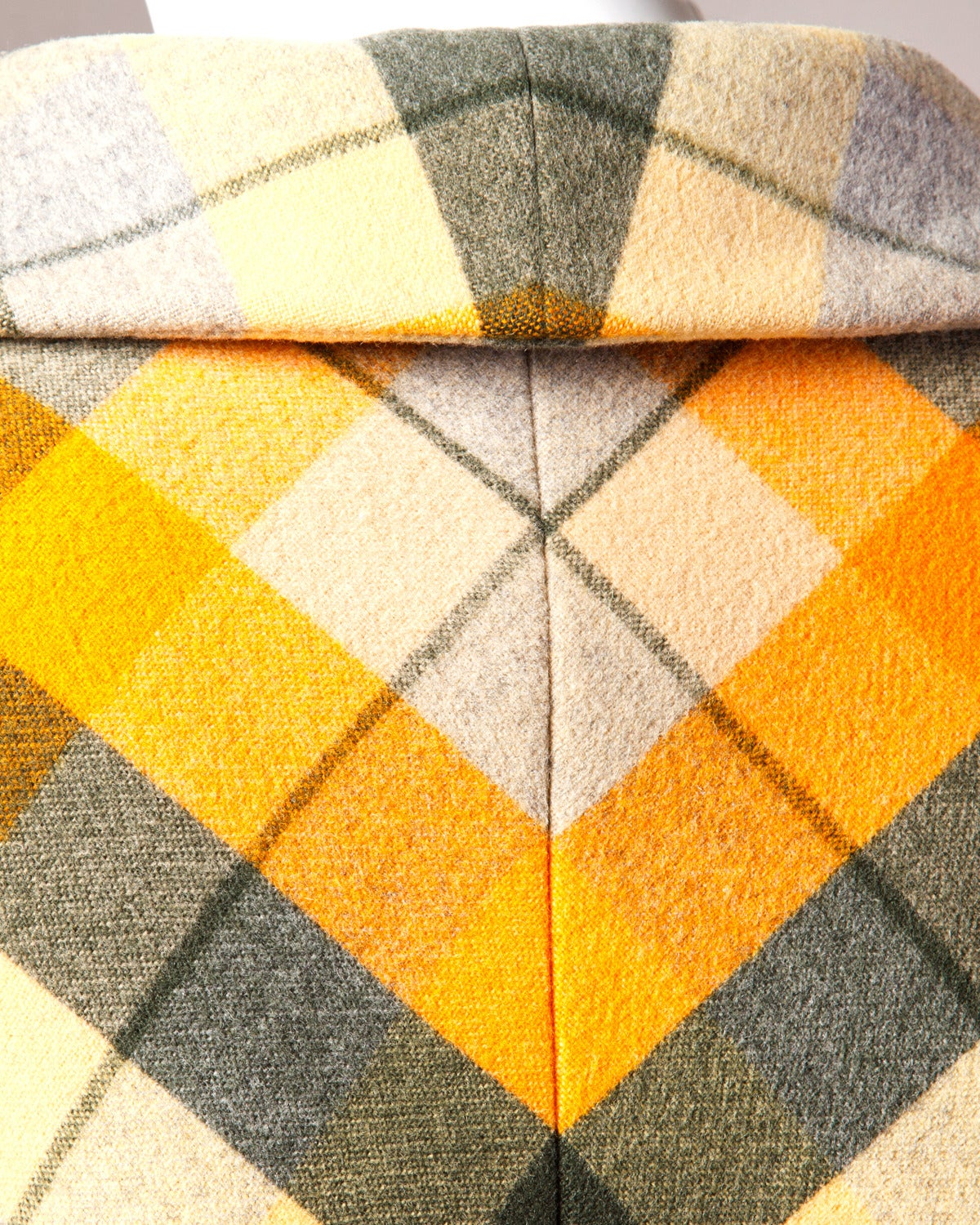 1970s Andre Laug Vintage Plaid Wool Jacket or Coat 6