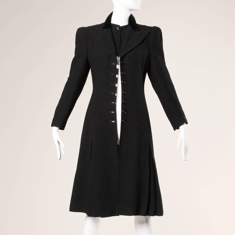 Elegant Vintage 1940s 40s Black Wool Princess Coat with Bold Shoulders 4