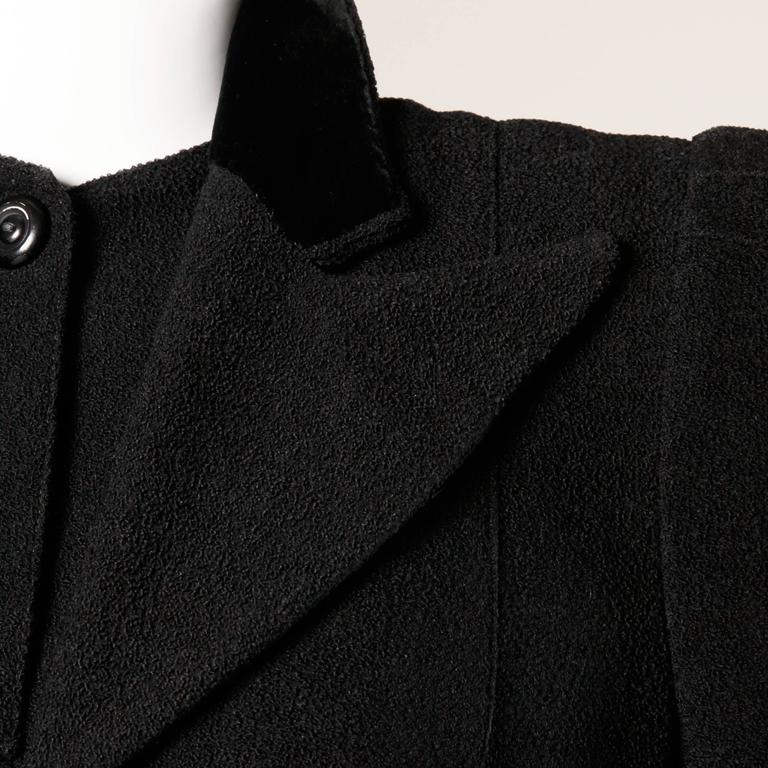 Elegant Vintage 1940s 40s Black Wool Princess Coat with Bold Shoulders 9