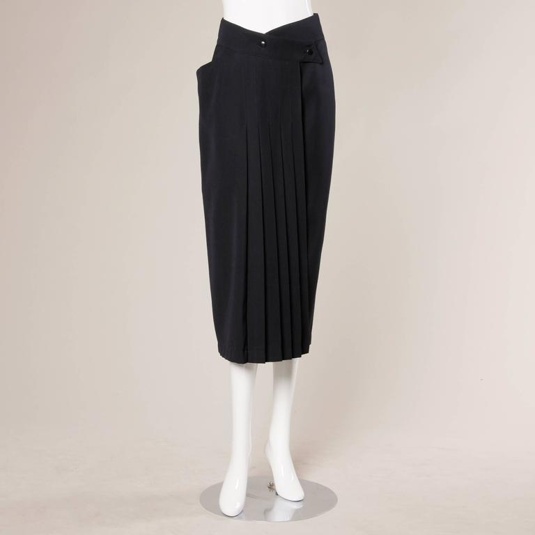 Claude Montana Vintage Navy Blue Wool Avant Garde Asymmetric Pleated Skirt  In Excellent Condition For Sale In Sparks, NV
