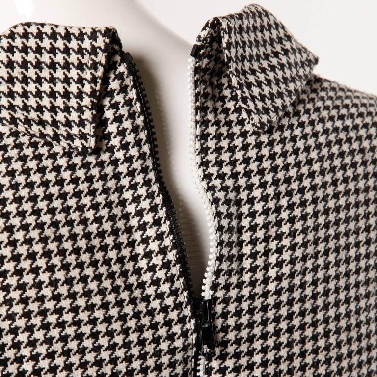 Gianni Versace Vintage 1990s 90s Black + White Houndstooth Sporty Vest Jacket For Sale 3