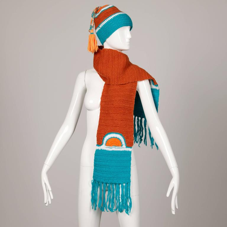 Women's Rare Unworn 1970s Giorgio Sant'Angelo Colorful Knit Sweater Hat + Scarf Ensemble For Sale