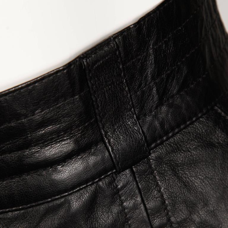 1990s Karl Lagerfeld Vintage Black Leather High Waist Pencil Skirt 26 Small For Sale 1