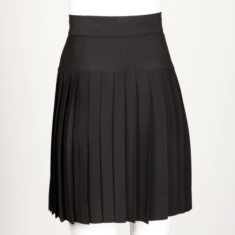 Chanel Vintage Black Pleated Skirt 6