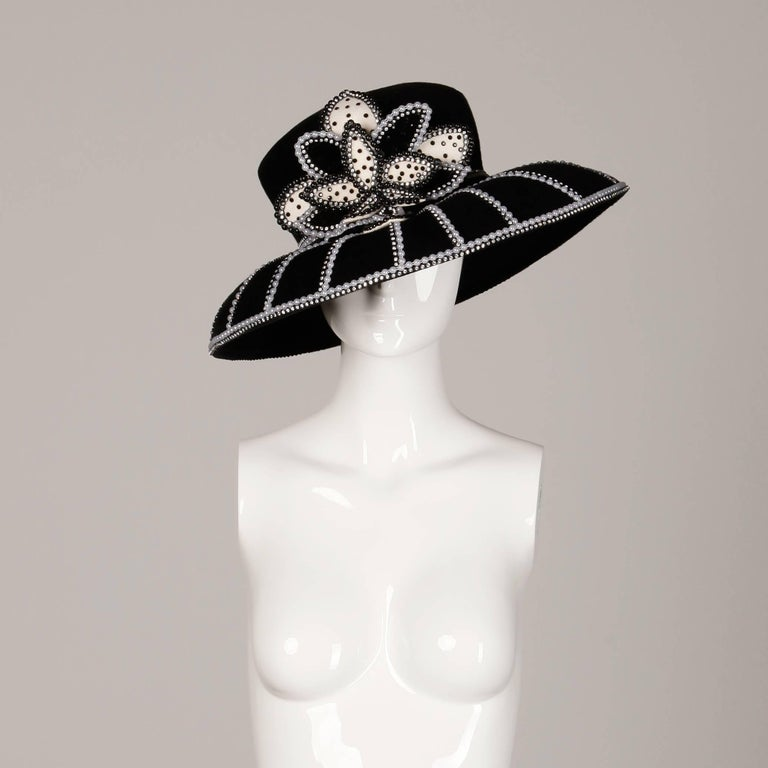 George Zamau'l Vintage Black + White Beaded Flower Embellished Rhinestone Hat In New Condition For Sale In Sparks, NV