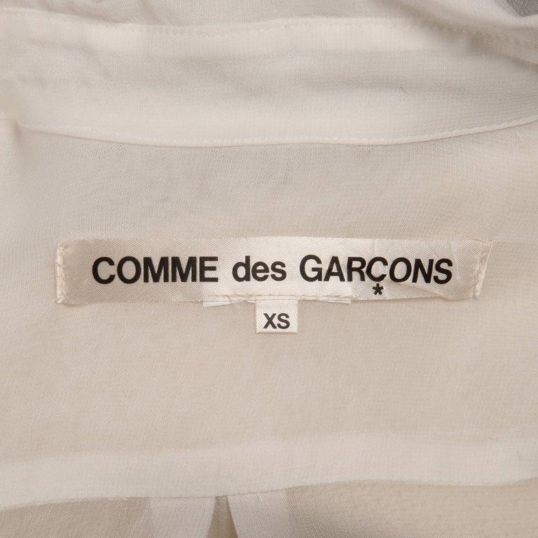 Comme des Garcons White Button Up Blouse Top/ Shirt with Cream Wool Knit Sleeves In Excellent Condition For Sale In Sparks, NV