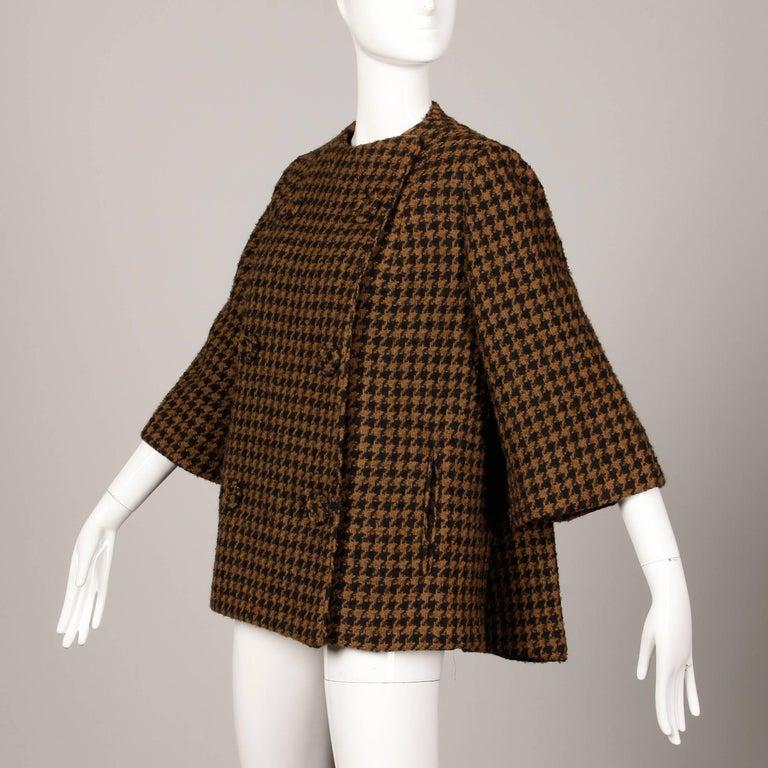1960s Mr. Blackwell Custom Vintage Black + Brown Houndstooth Wool Jacket or Coat For Sale 2