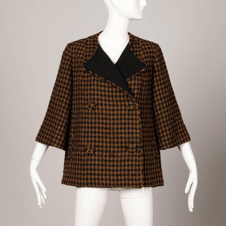 Women's 1960s Mr. Blackwell Custom Vintage Black + Brown Houndstooth Wool Jacket or Coat For Sale