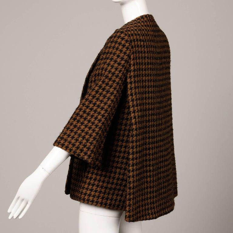 1960s Mr. Blackwell Custom Vintage Black + Brown Houndstooth Wool Jacket or Coat For Sale 3