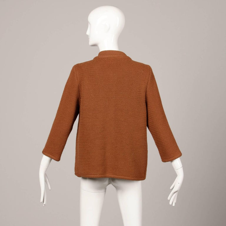 1960s Vintage Ethel Beverly Hills Brown 100% Wool Knit Rings Cardigan Sweater  For Sale 2