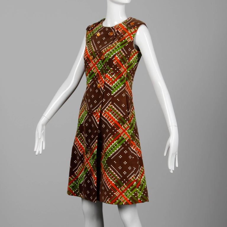 1970s Malcolm Starr- Attributed Vintage Op Art Geometric Printed Velvet Dress In Excellent Condition For Sale In Sparks, NV