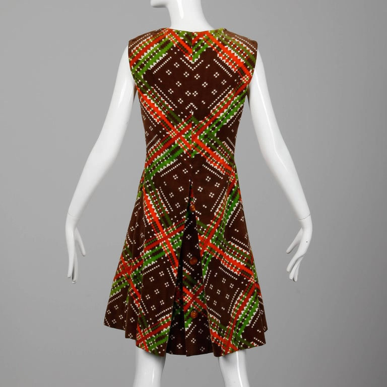 Women's 1970s Malcolm Starr- Attributed Vintage Op Art Geometric Printed Velvet Dress For Sale