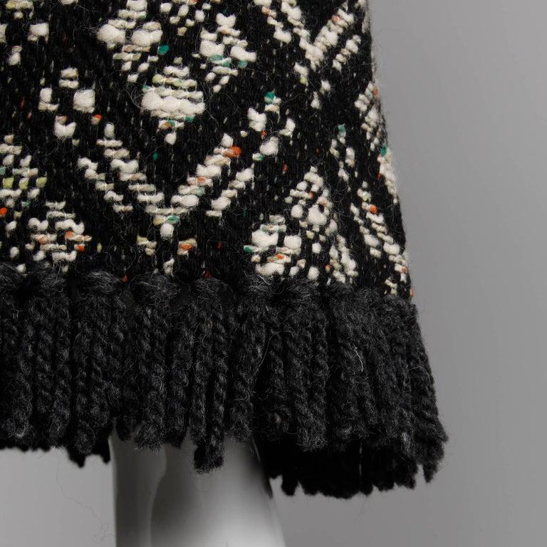 1970s Vintage Black + White Irish Wool Tweed Cape Coat with Fringe Trim For Sale 1