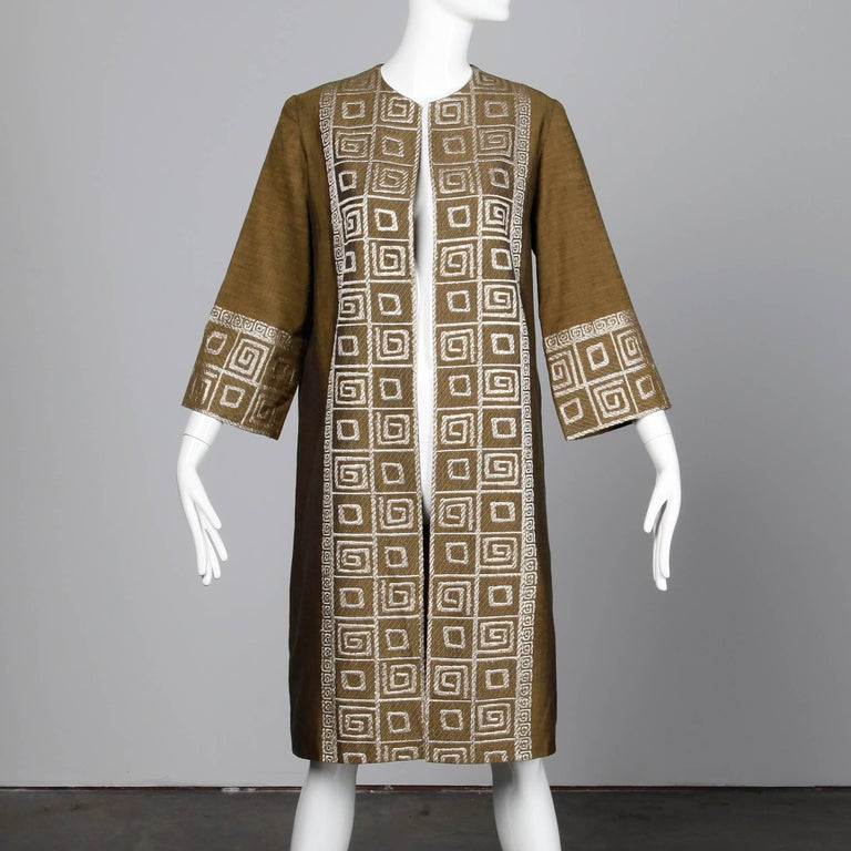 1960s Vintage Olive Green Greek-Made Swing Coat + Matching Bag with Embroidery In Excellent Condition For Sale In Sparks, NV