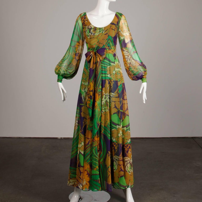 1970s Vintage Tropical Print Sheer Sleeves Chiffon Maxi Dress with Full Sweep In Excellent Condition For Sale In Sparks, NV