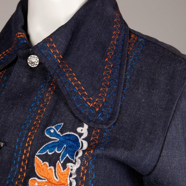 1970s Vintage Hippie Denim Jean Jacket with Orange + Blue Bird Embroidery For Sale 1