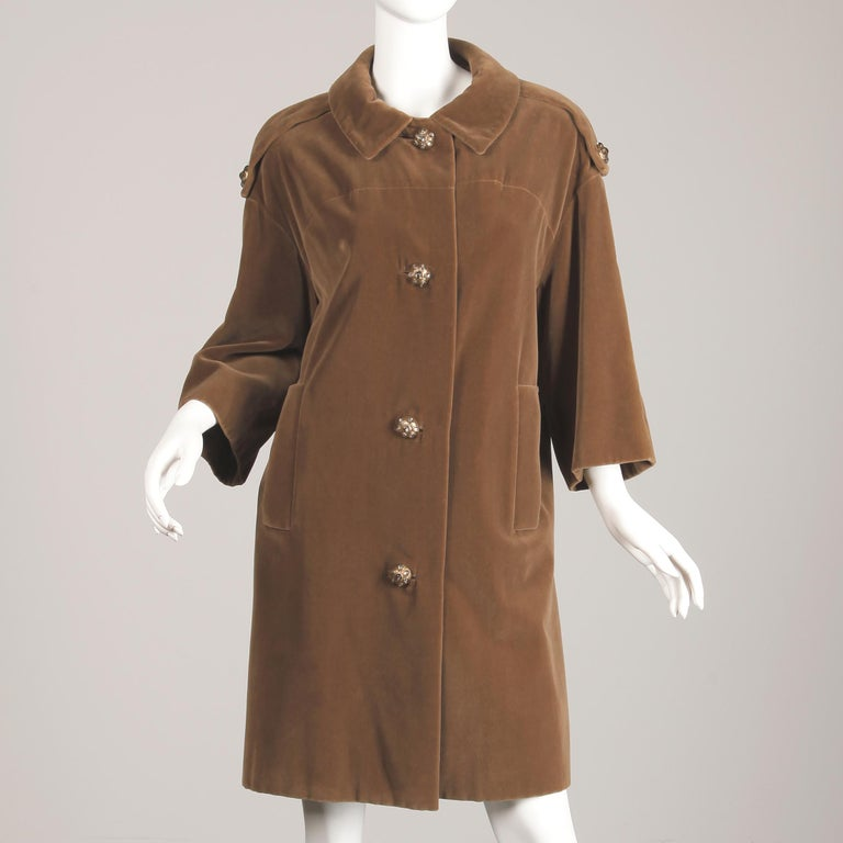 1960s Charles Cooper for Nan Duskin Vintage Brown Velvet Military Mod Coat In Good Condition For Sale In Sparks, NV