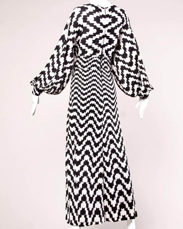 La Mendola Vintage 1970s 70s Custom Couture Graphic Black + White Op Art Dress 5