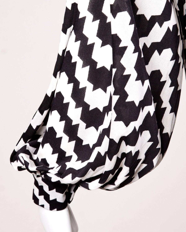 La Mendola Vintage 1970s 70s Custom Couture Graphic Black + White Op Art Dress 3