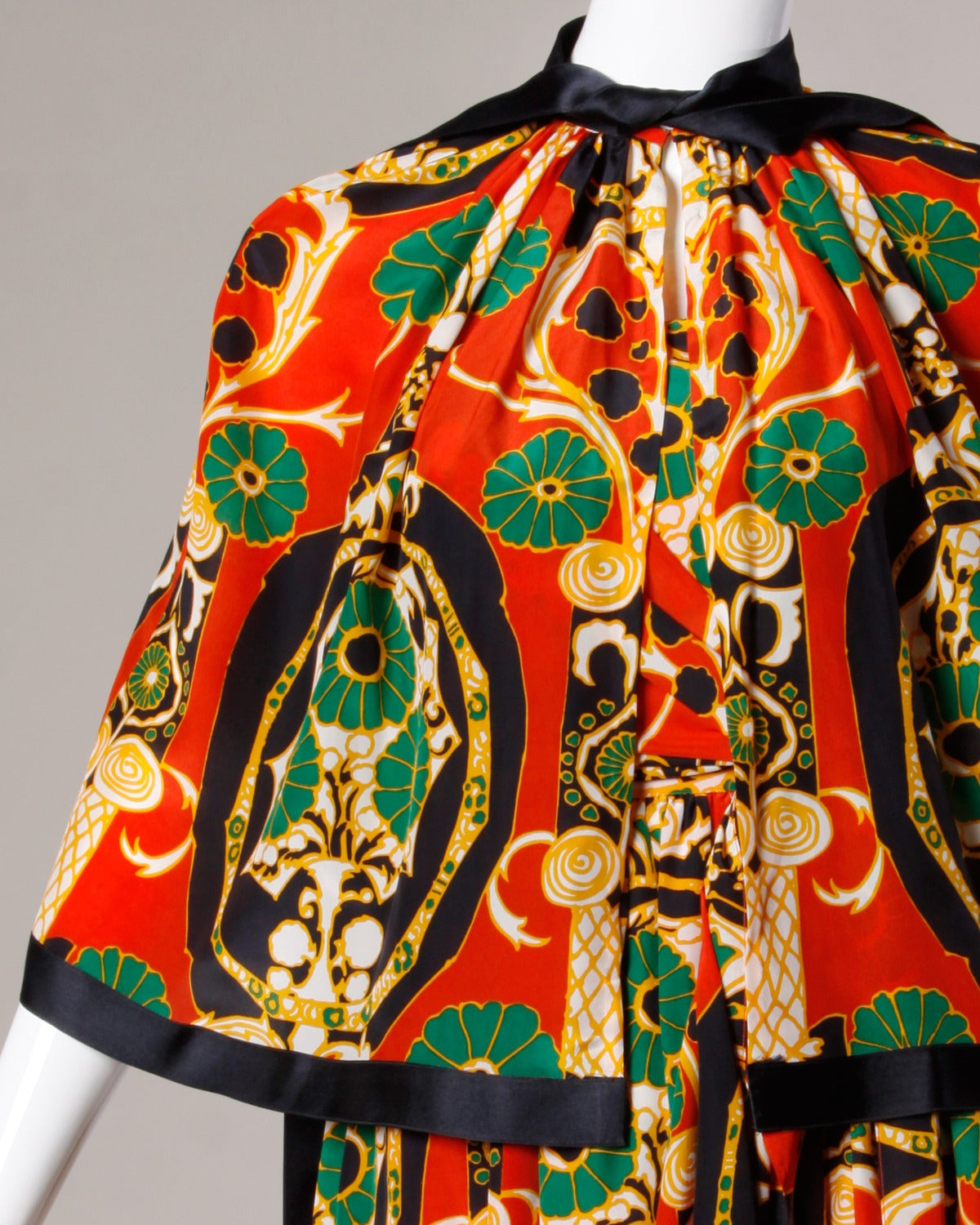 Donald Brooks Vintage 1970s Asian-Inspired Silk Print Gown + Cape Ensemble For Sale 3