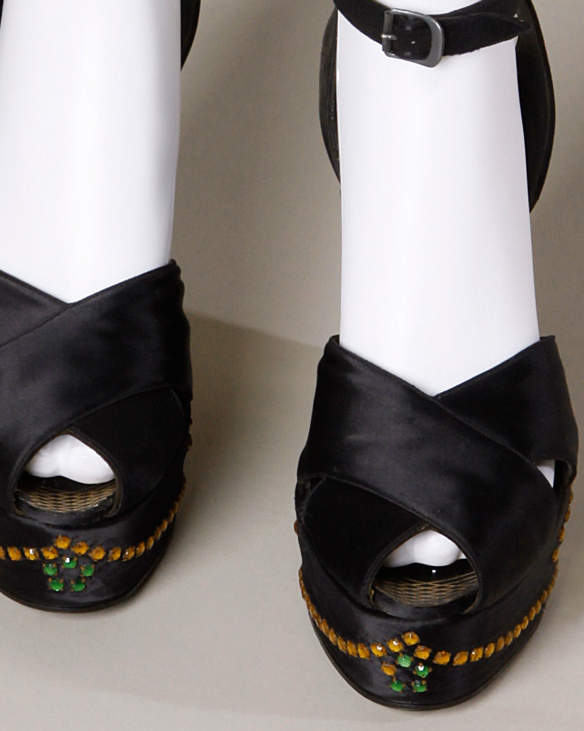 Gray Incredible David Evins Vintage 1940s Rhinestone Silk Satin Platform Shoes 8A 37 For Sale