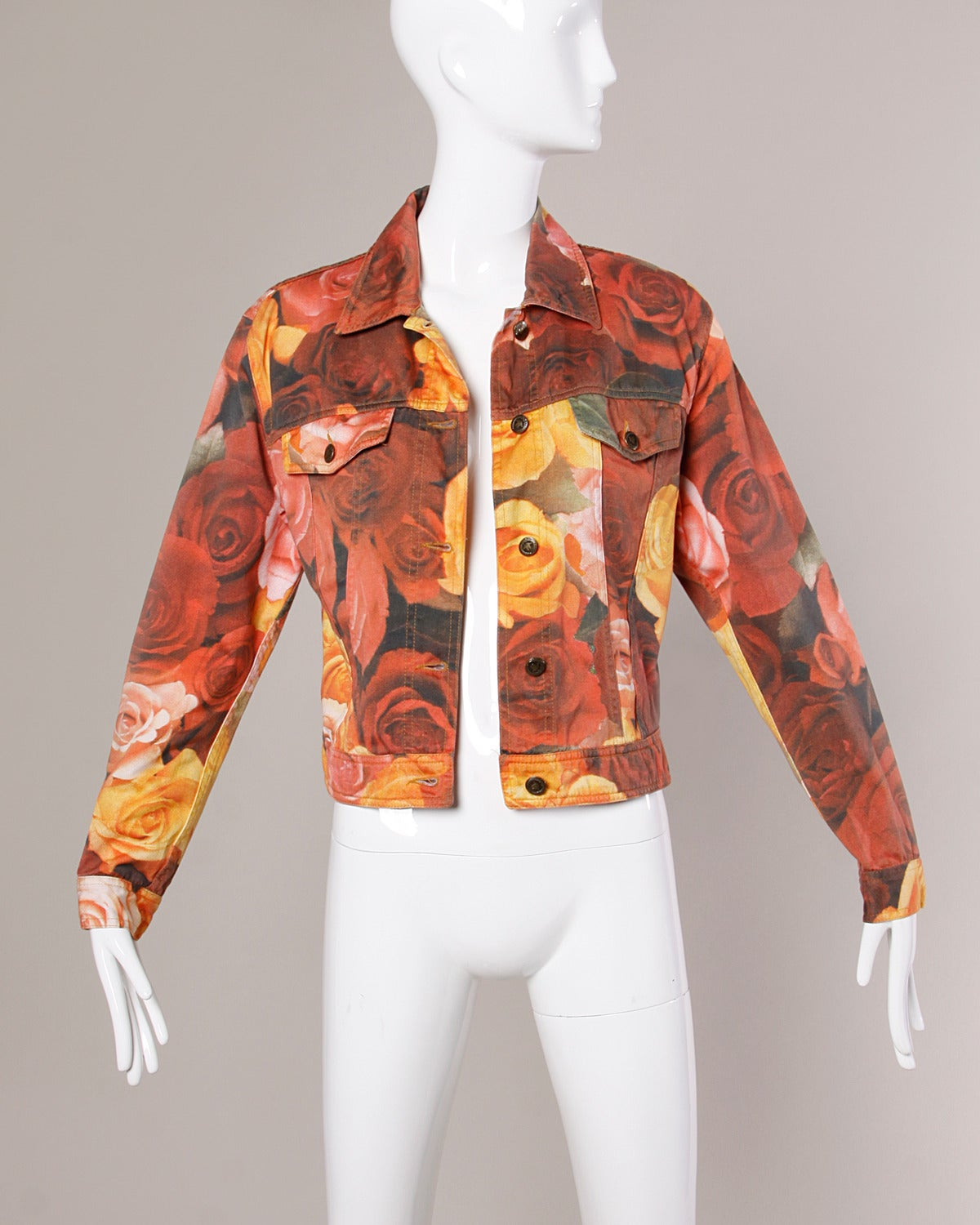 Moschino Jeans Vintage Floral Photo Print Denim Jacket, 1990s  For Sale 2