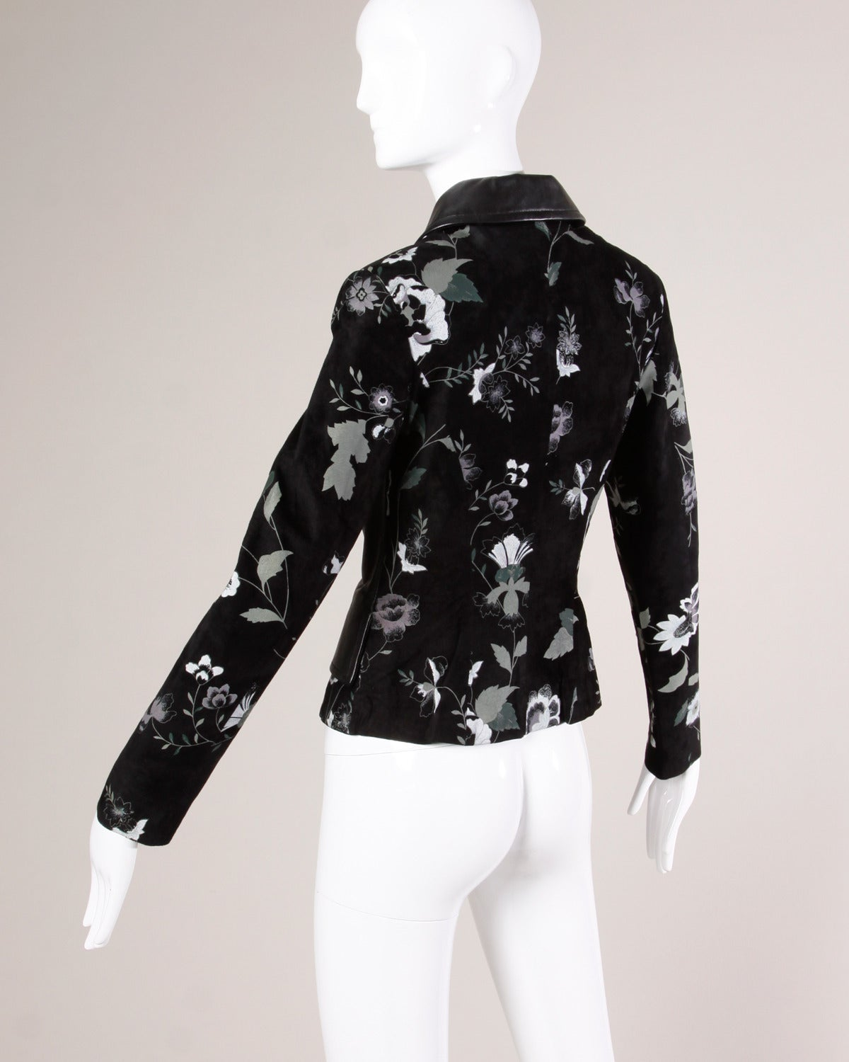 Women's Michael Hoban for North Beach Leather Vintage Black Floral Jacket For Sale