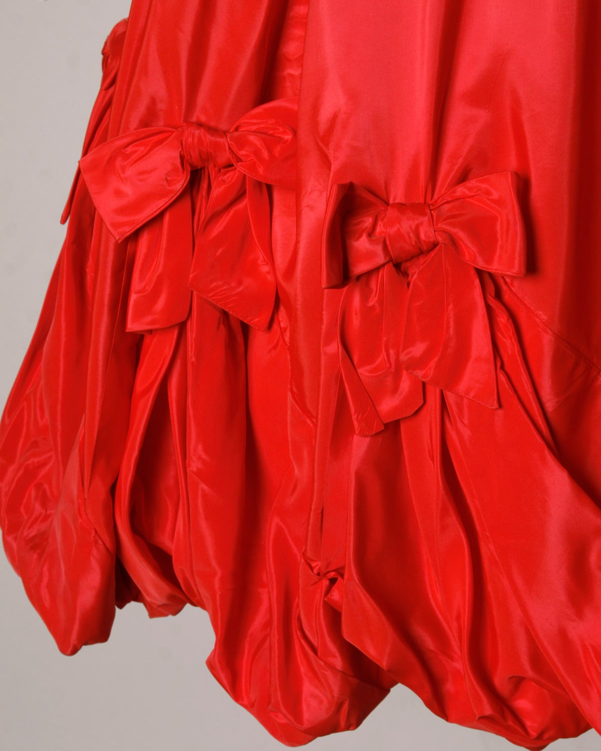 1950s Vintage Red Taffeta Full Sweep Party Dress with Bubble Hem 5