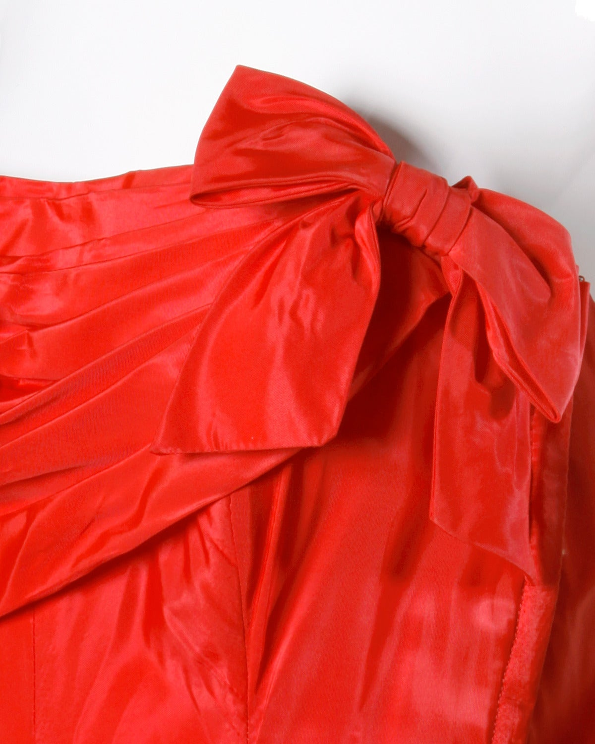 1950s Vintage Red Taffeta Full Sweep Party Dress with Bubble Hem 4