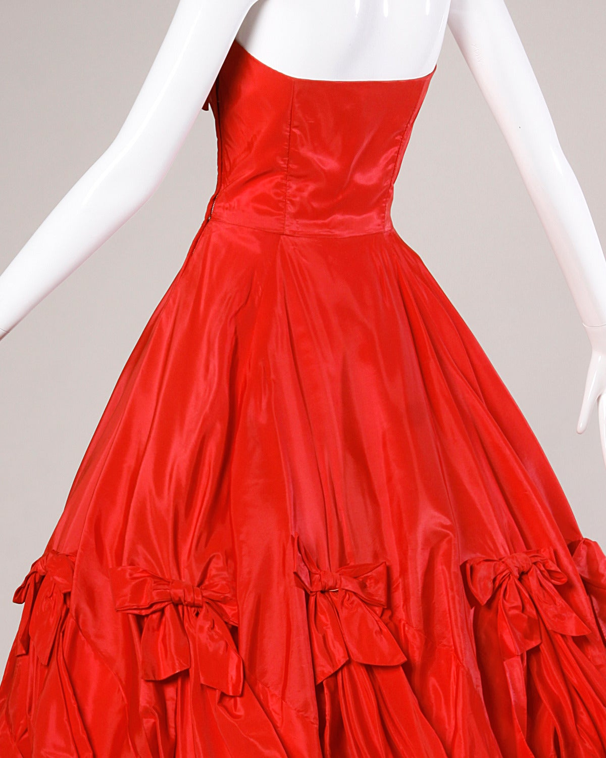 1950s Vintage Red Taffeta Full Sweep Party Dress with Bubble Hem 6
