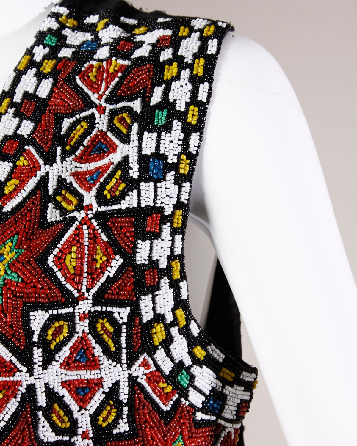 Hand-Made Heavy Vintage Native American Seed Beaded Vest For Sale 2