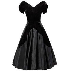 1950s Vintage Velvet + Taffeta Full Sweep Cocktail Dress