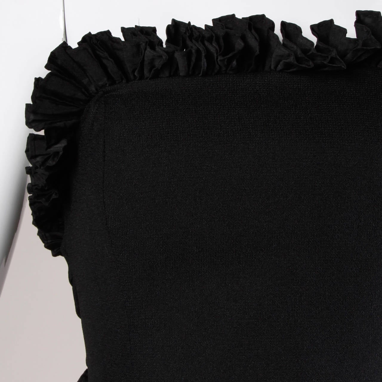 Victor Costa Vintage Black Origami Pleated Avant Garde Strapless Dress For Sale 2
