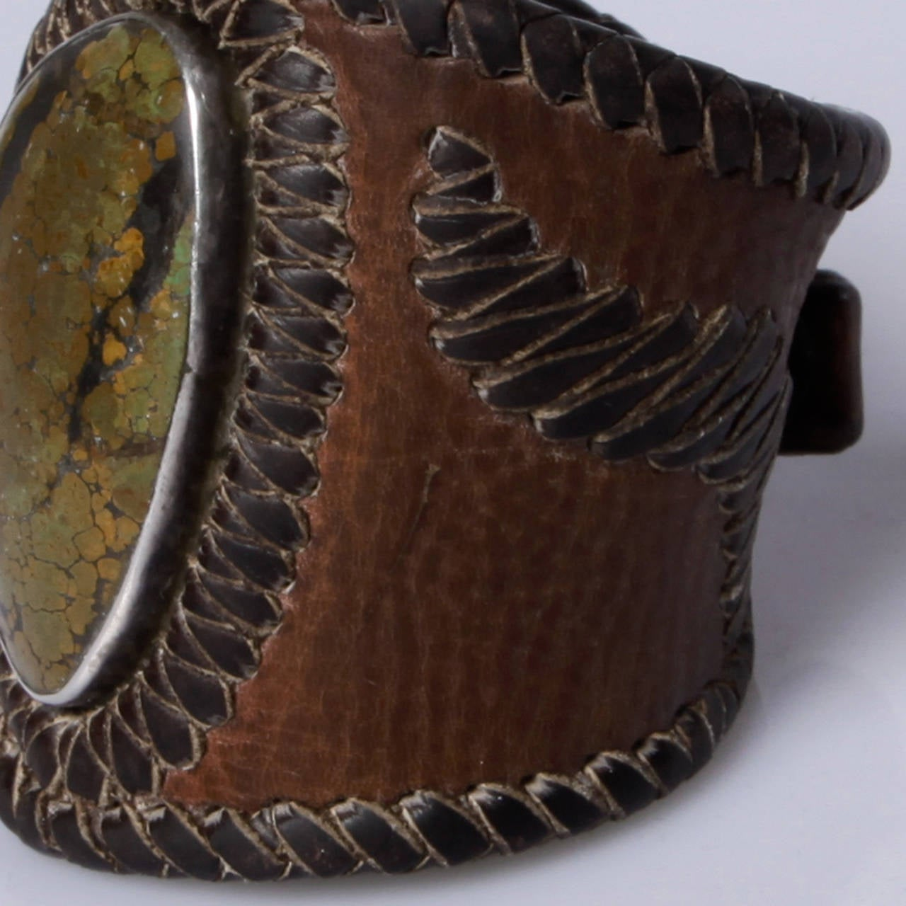 Women's or Men's Early 20th Century Native American Leather Ketoh/ Bow Guard Bracelet For Sale
