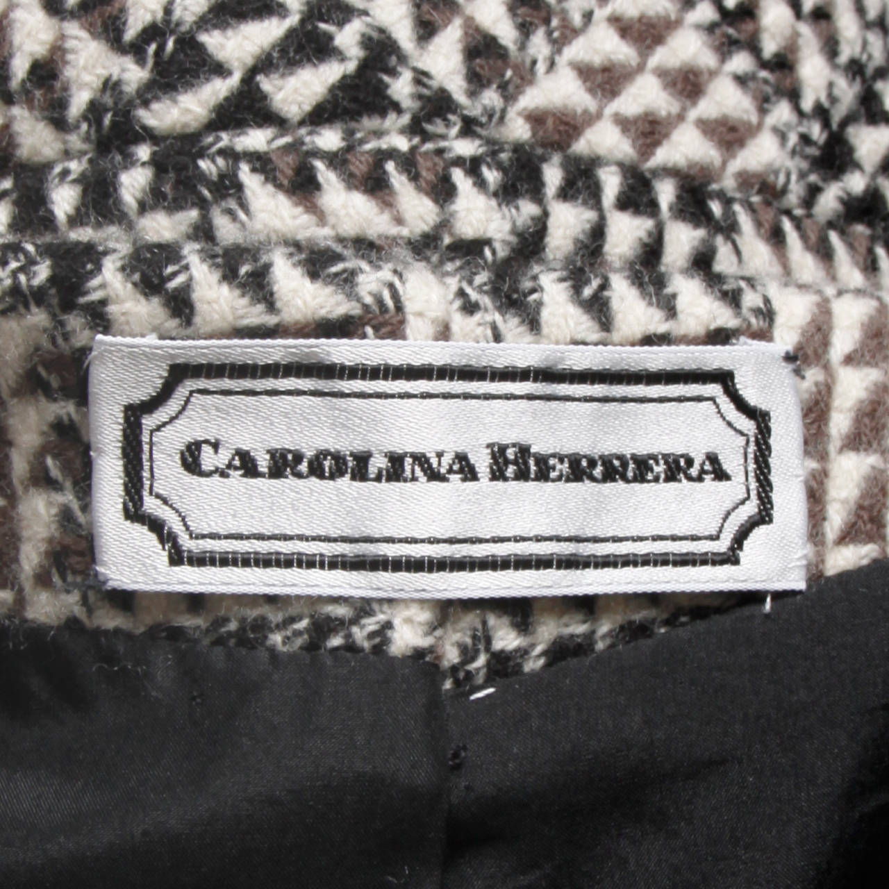 Carolina Herrera Vintage Wool Blazer Jacket with Bold Shoulders 8
