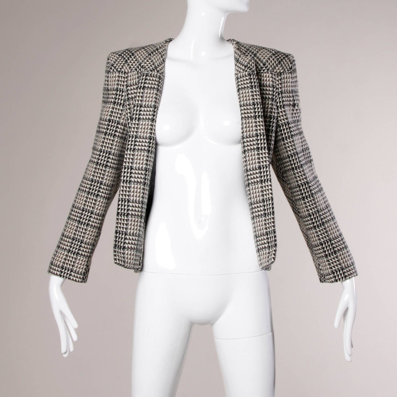 Carolina Herrera Vintage Wool Blazer Jacket with Bold Shoulders 7