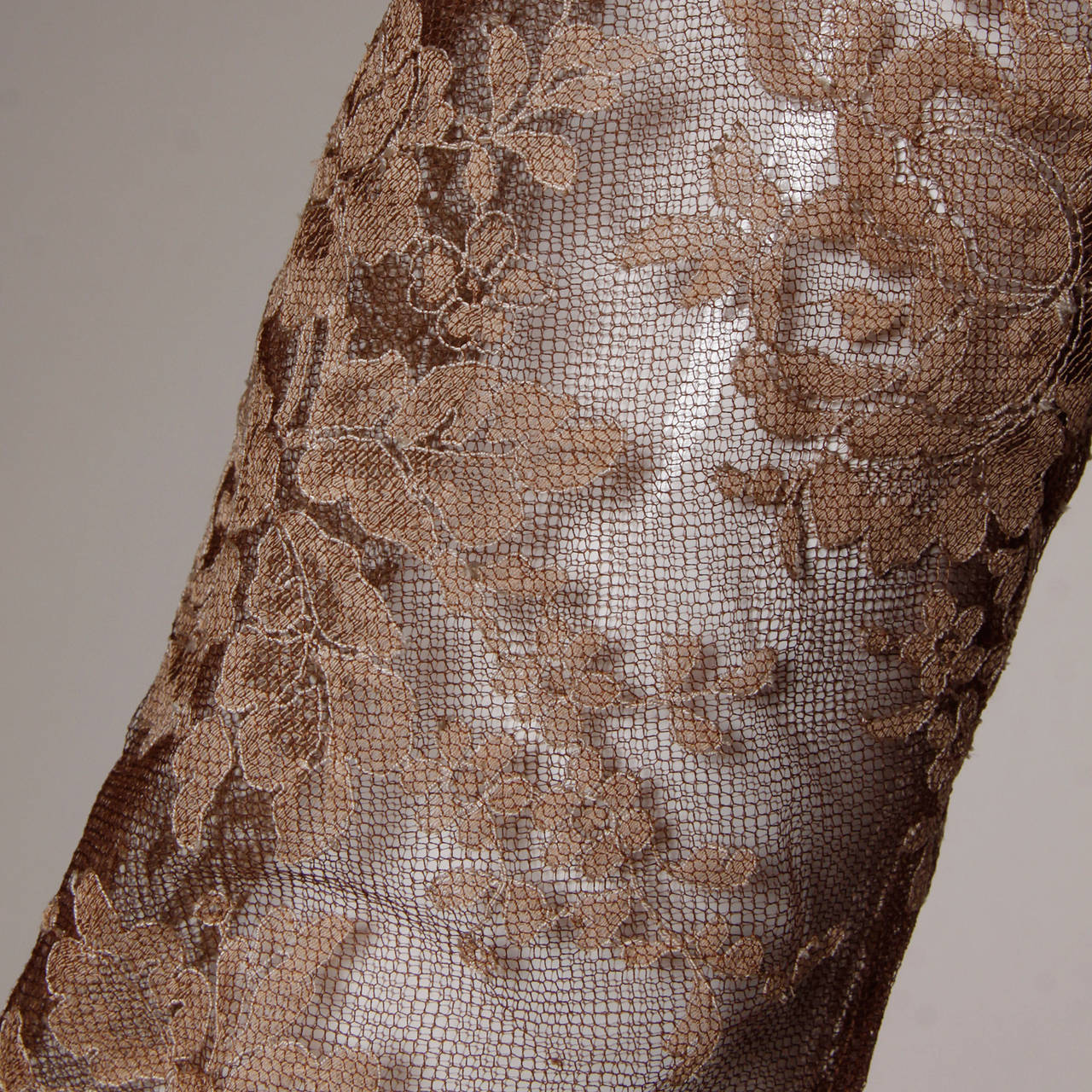 Dreamy 1950s Brown Tulle Chantilly Lace Cocktail Dress 4