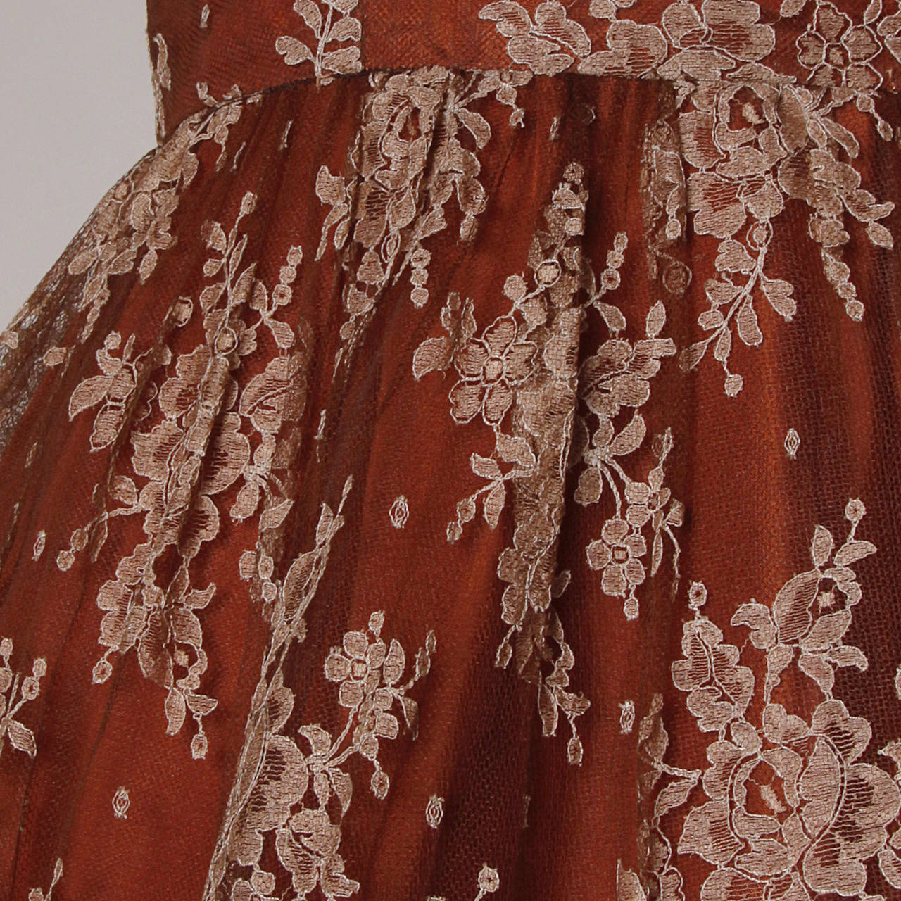 Dreamy 1950s Brown Tulle Chantilly Lace Cocktail Dress 3