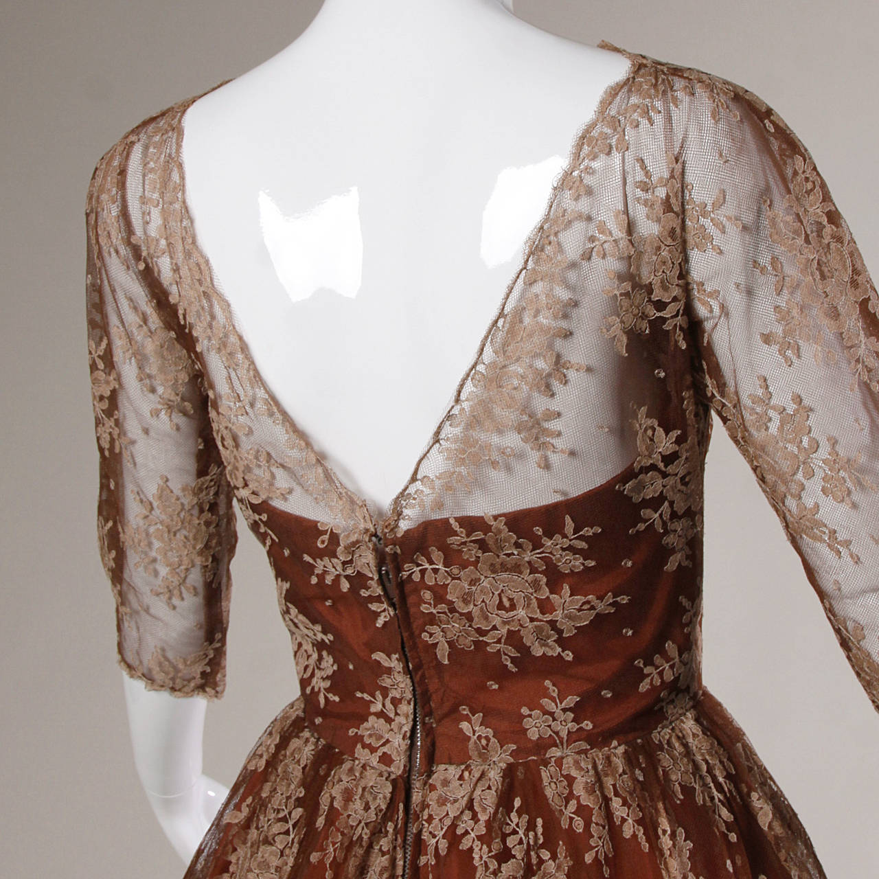 Dreamy 1950s Brown Tulle Chantilly Lace Cocktail Dress 10