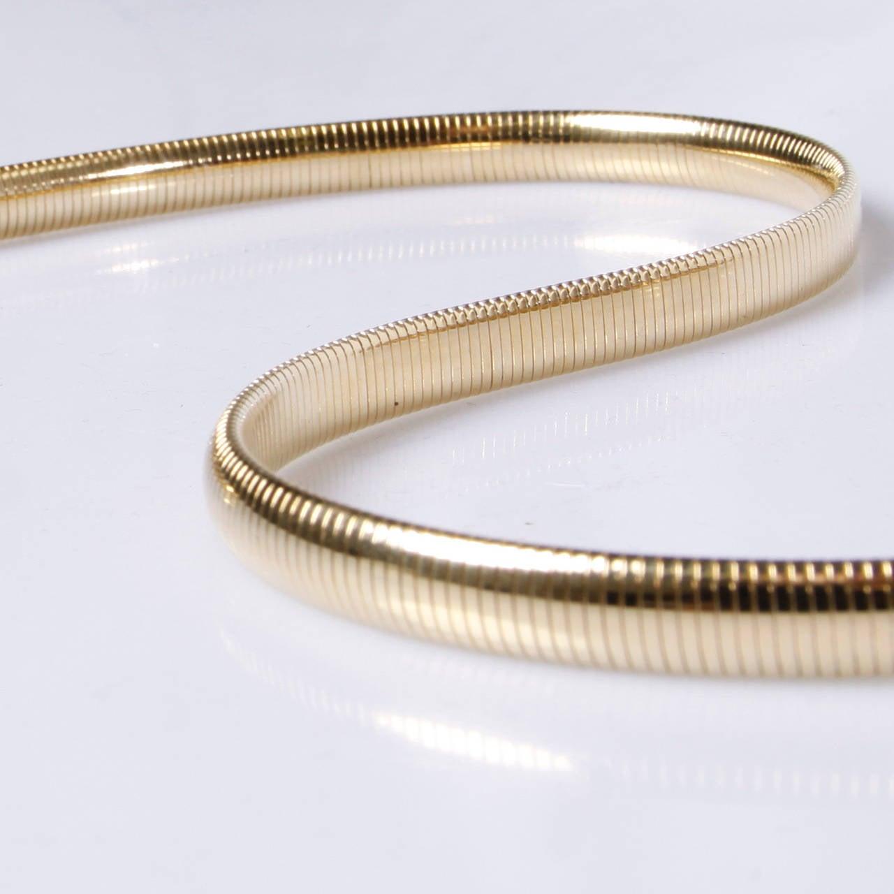 Accessocraft Vintage 1970s Gold Snake Chain Stretch Belt For Sale 2