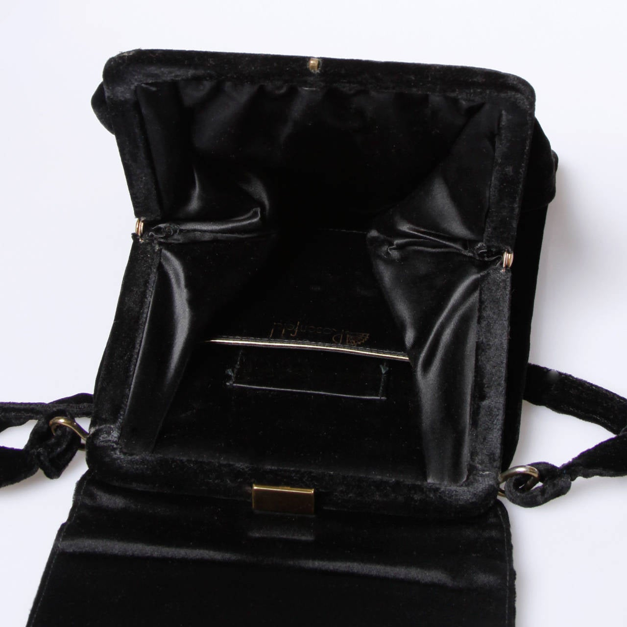 Rosenfeld Vintage 1960s Black Silk Velvet Hand Bag with Cherubs In Excellent Condition For Sale In Sparks, NV